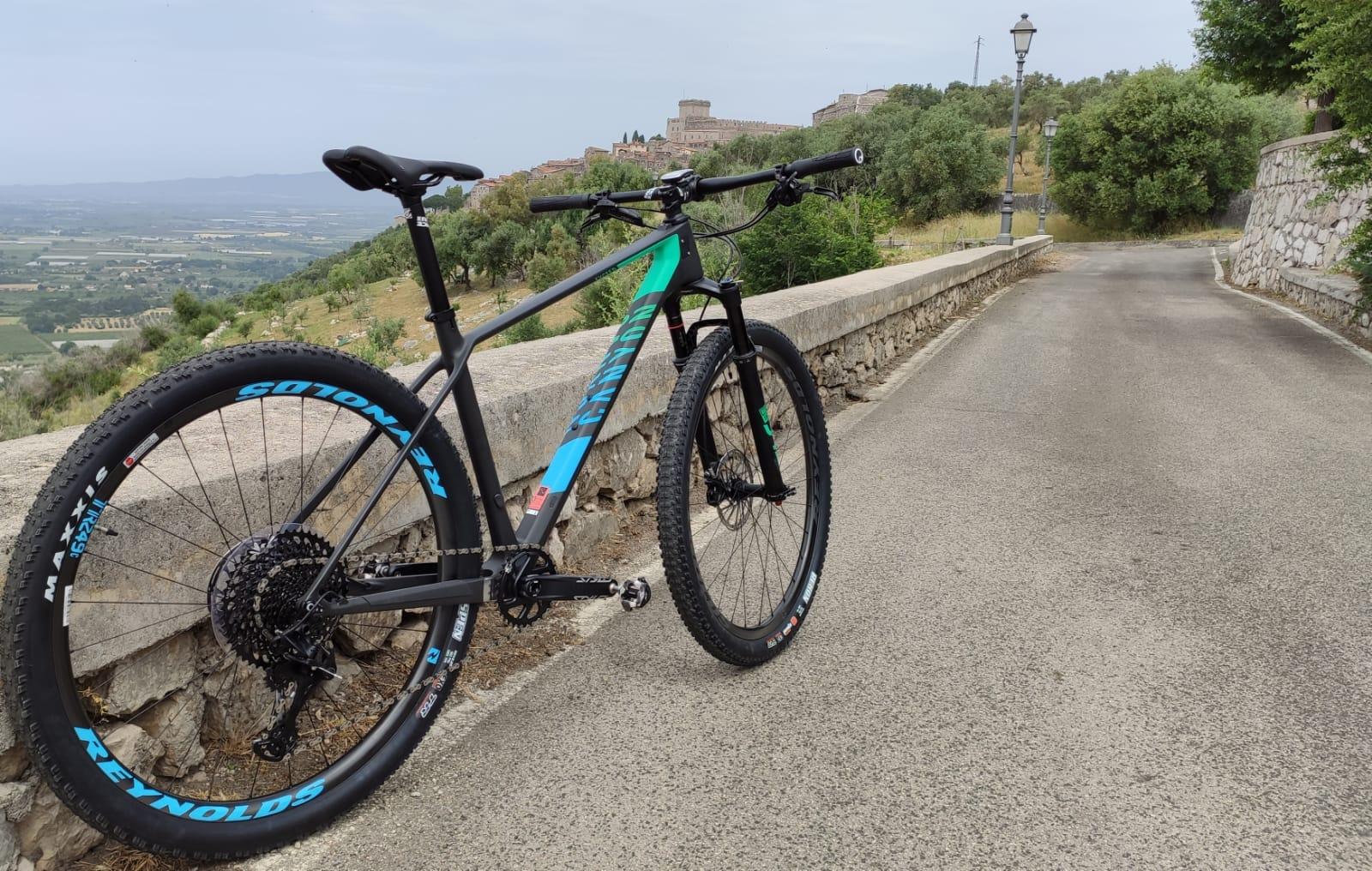Sermoneta: vietate le bici al centro