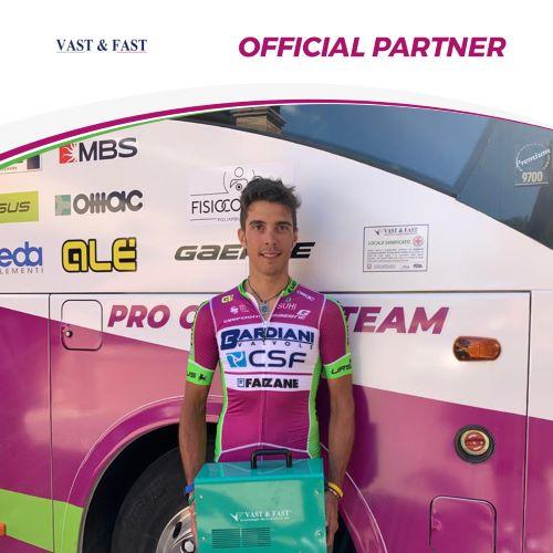 Vast & Fast Una nuova partnership tecnica del Team Bardiani