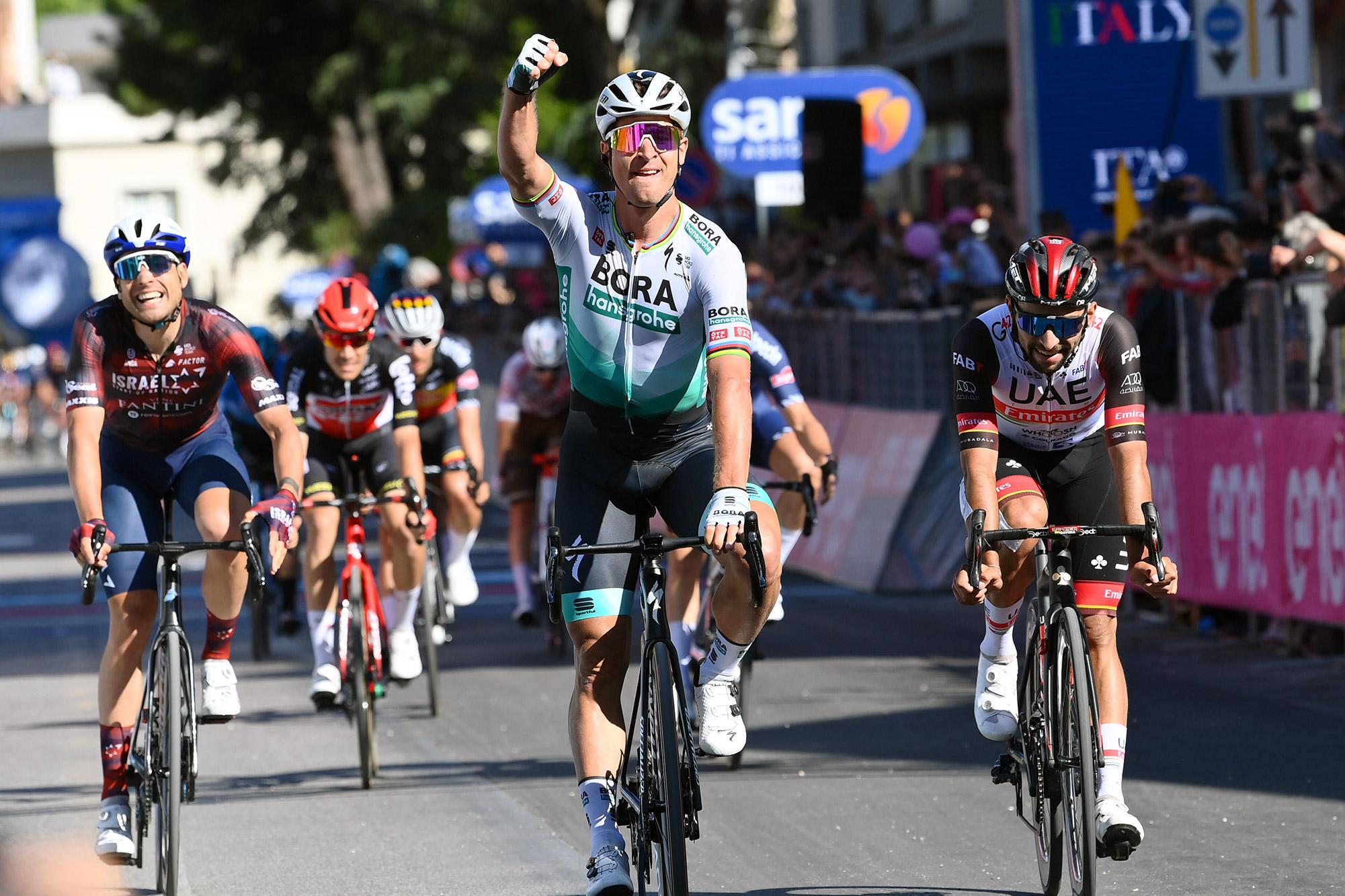 Sagan trionfa a Foligno
